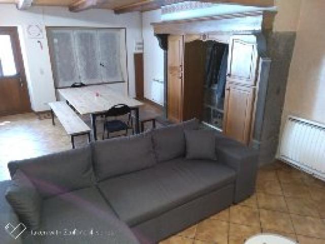 Location Maison Vacances LA TOUR D'AUVERGNE (3)