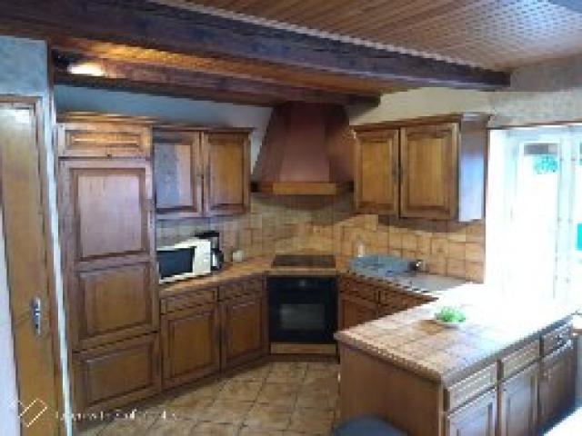 Location Maison Vacances LA TOUR D'AUVERGNE (4)