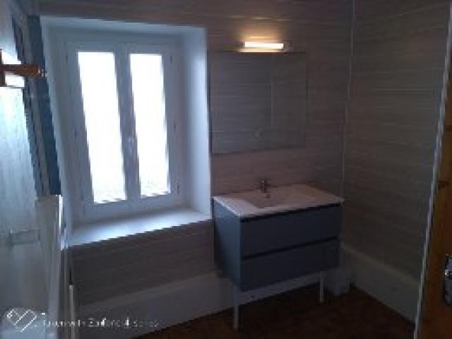 Location Maison Vacances LA TOUR D'AUVERGNE (6)
