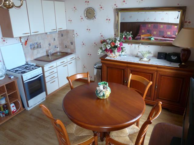 Location Appartement Vacances LUC SUR MER (1)