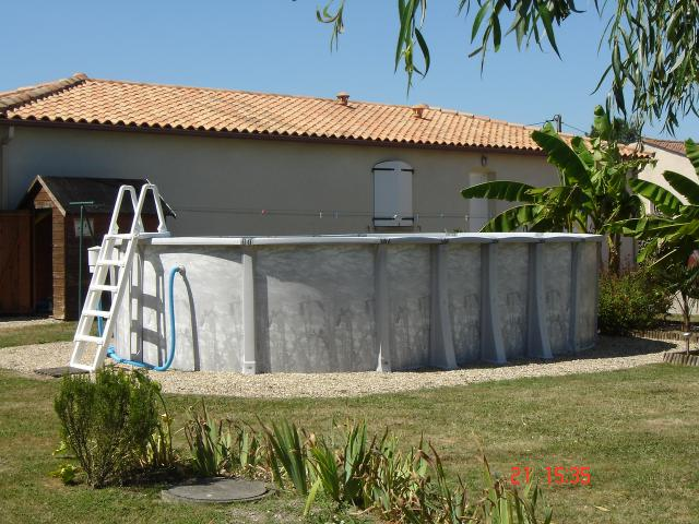 Location Maison Vacances BEAUGEAY (10)