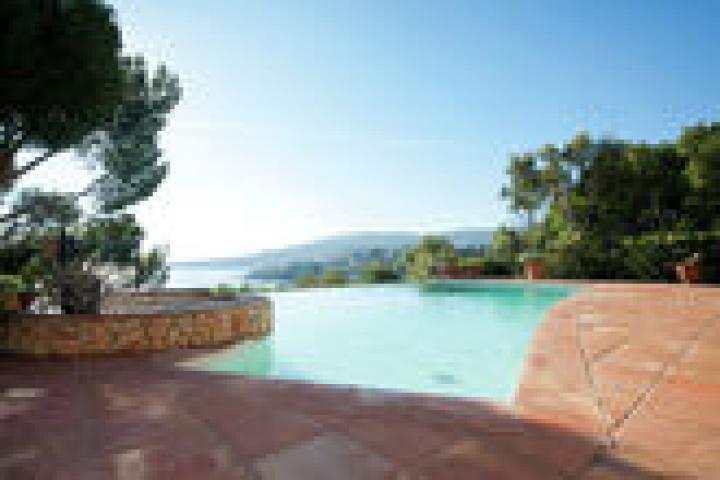Location Villa Vacances SAINT AYGULF (10)