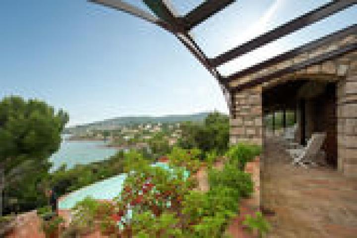 Location Villa Vacances SAINT AYGULF (11)