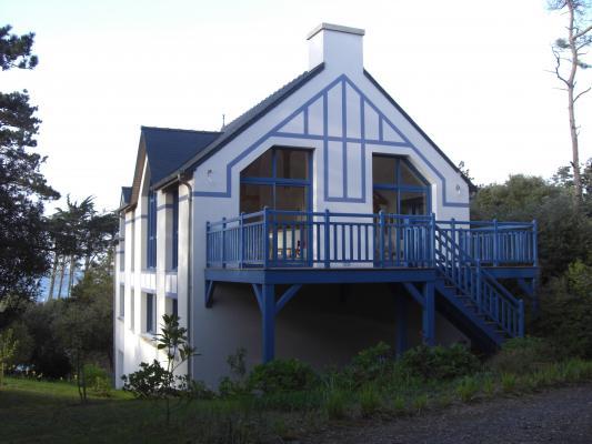 Location Maison Vacances SABLES D'OR LES PINS (1)