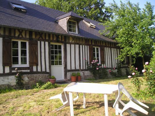 Location Maison Vacances SAINT VAAST DIEPPEDALLE (1)