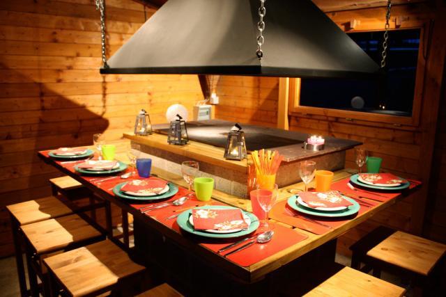 Location Gîte Vacances TROIS-PONTS (2)
