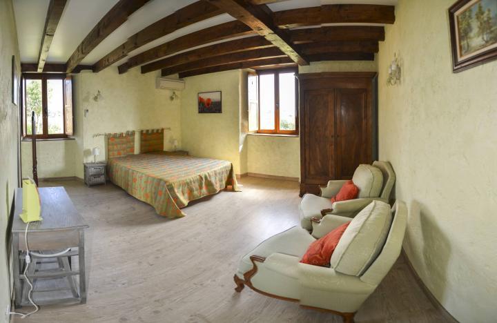 Location Chambre Vacances TAURIAC DE NAUCELLE (2)