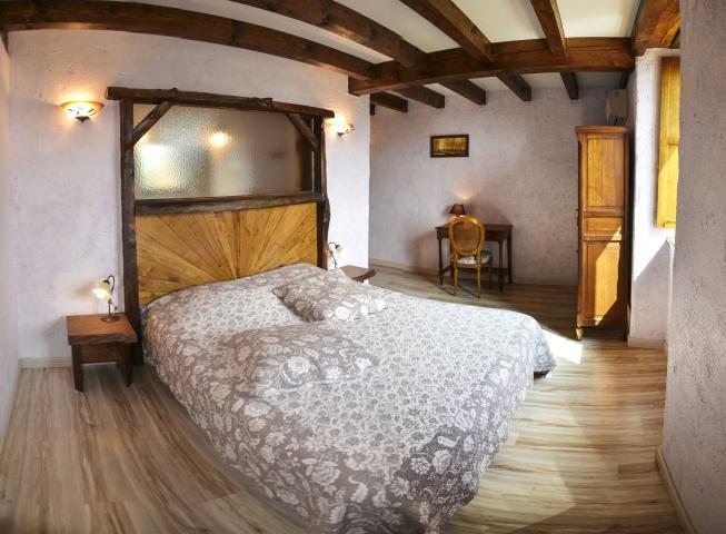 Location Chambre Vacances TAURIAC DE NAUCELLE (3)