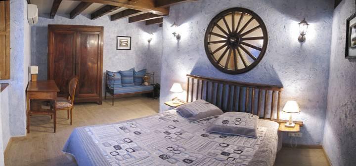 Location Chambre Vacances TAURIAC DE NAUCELLE (4)