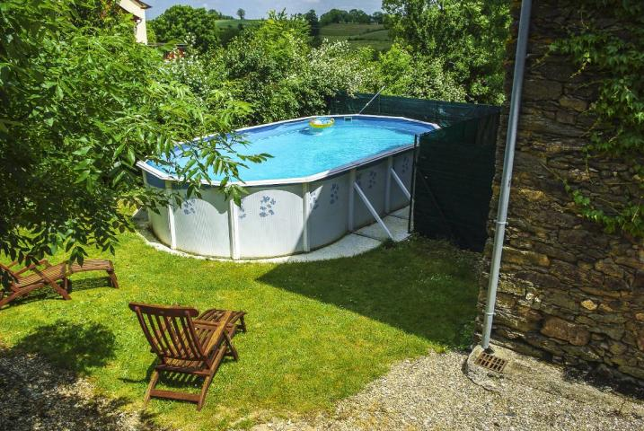 Location Gîte Vacances TAURIAC DE NAUCELLE (2)