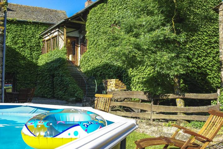 Location Gîte Vacances TAURIAC DE NAUCELLE (8)