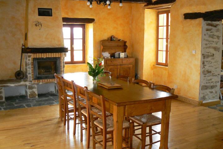 Location Gîte Vacances TAURIAC DE NAUCELLE (9)