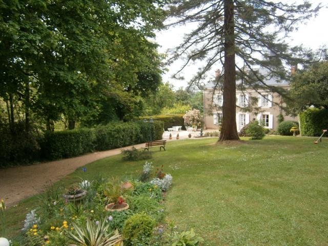 Location Chambre Vacances MAREUIL SUR LAY DISSAIS (1)