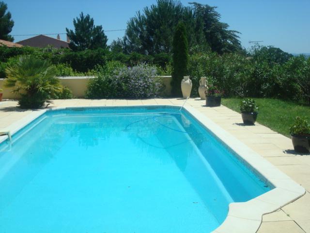 Location Villa Vacances PIERREVERT (2)