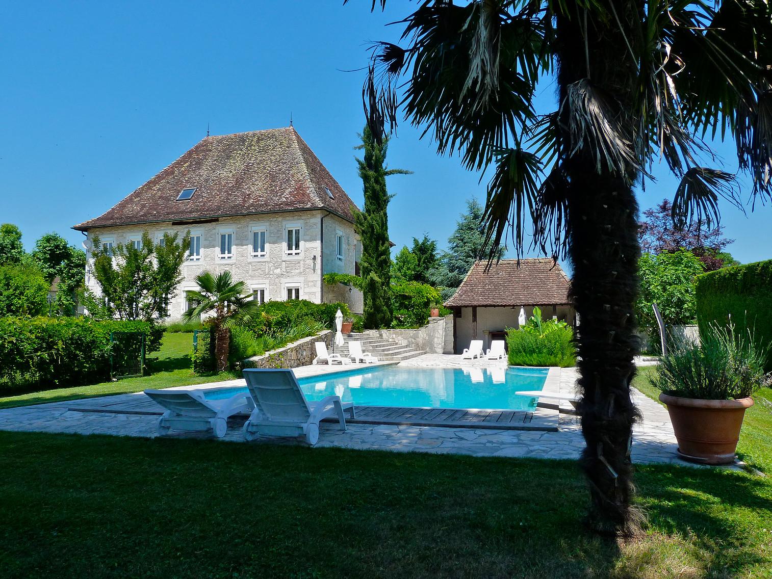 Location Maison Vacances LES AVENIÈRES (1)