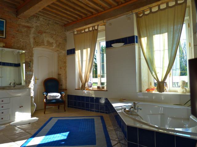 Location Maison Vacances LES AVENIÈRES (11)