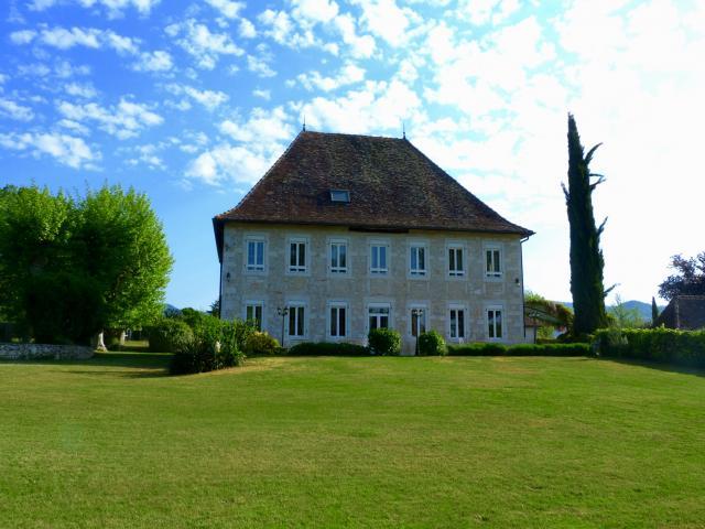Location Maison Vacances LES AVENIÈRES (3)