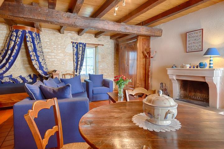 Location Gîte Vacances SAINT MICHEL LE CLOUCQ (3)