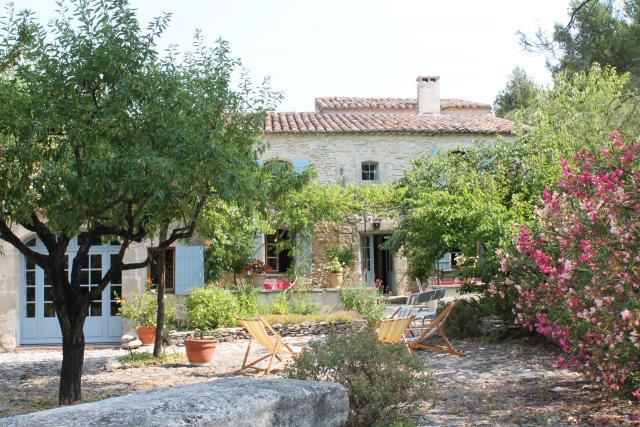 Location Ferme Vacances TARASCON (1)