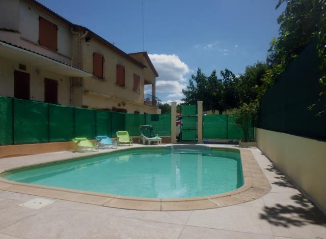 Location Gîte Vacances LÉZAN (1)