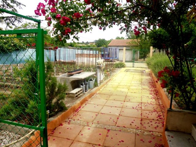 Location Gîte Vacances LÉZAN (4)