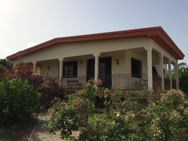 Location Villa Vacances LE ROBERT (1)
