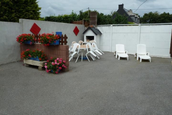 Location Maison Vacances PLEYBEN (12)