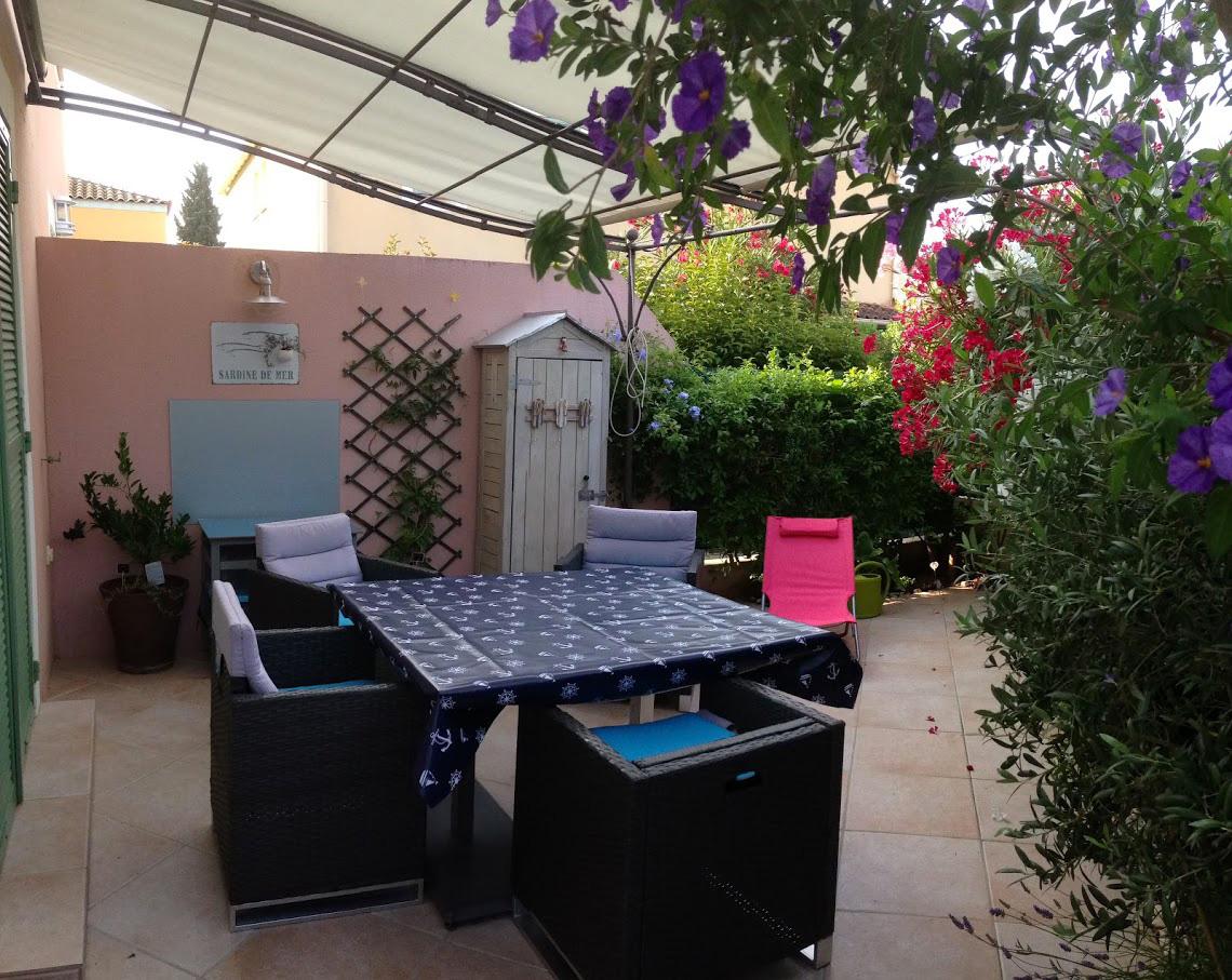 Location Maison Vacances LA LONDE LES MAURES (1)