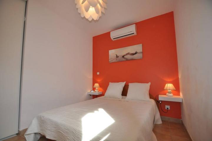 Location Maison Vacances SERRA DI FERRO (4)