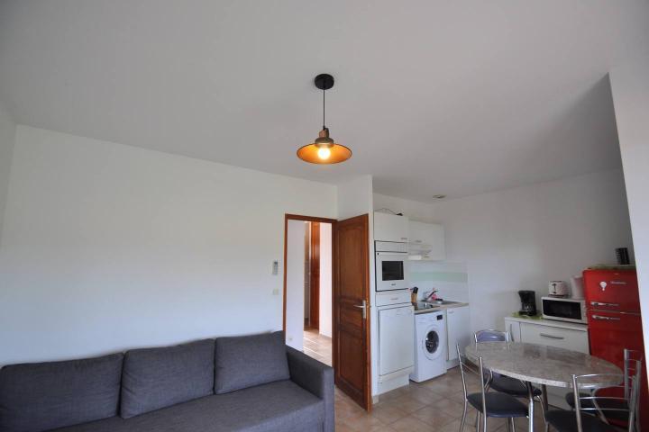 Location Maison Vacances SERRA DI FERRO (5)