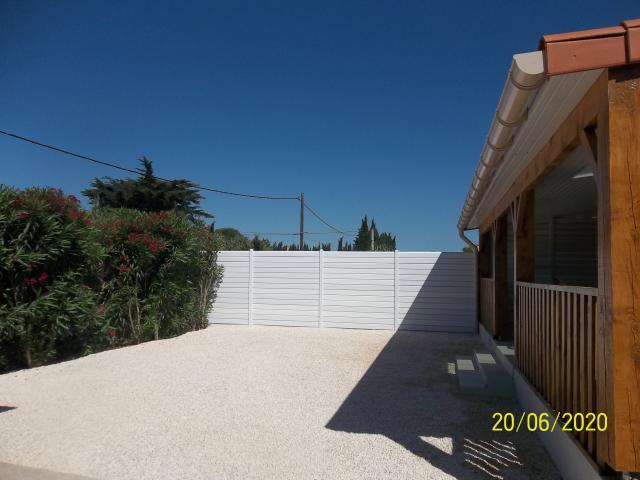 Location Maison Vacances SAINT LAURENT DE LA SALANQUE (10)