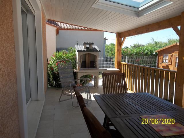 Location Maison Vacances SAINT LAURENT DE LA SALANQUE (4)