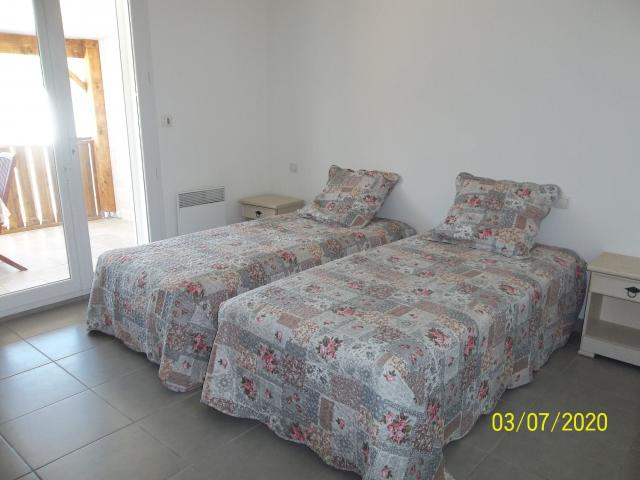 Location Maison Vacances SAINT LAURENT DE LA SALANQUE (8)