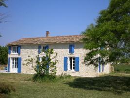 Location Maison Vacances DAMVIX (1)