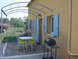Location Gîte Vacances MALLEMORT (1)