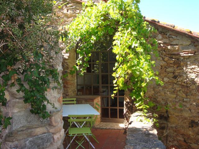Location Gîte Vacances CASTELNOU (2)