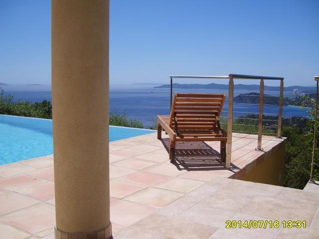 Location Villa Vacances RAYOL CANADEL SUR MER (2)