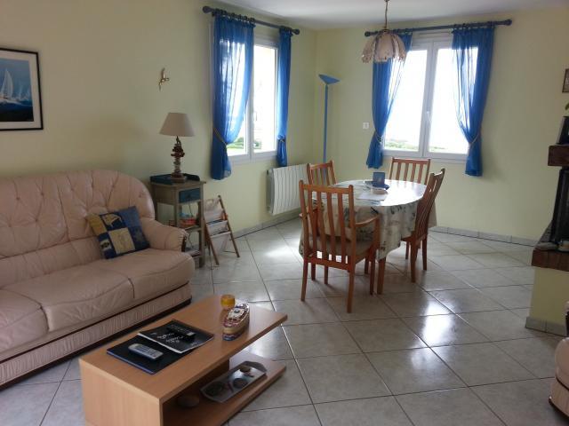 Villa 5 pièces 6 personnes BRETTEVILLE