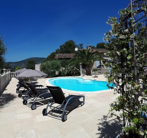Location Gîte Vacances PEYMEINADE (1)