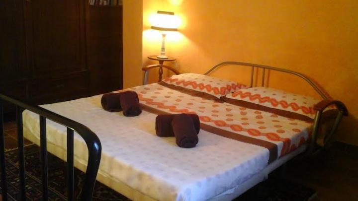Location Maison Vacances CEVOLI (7)