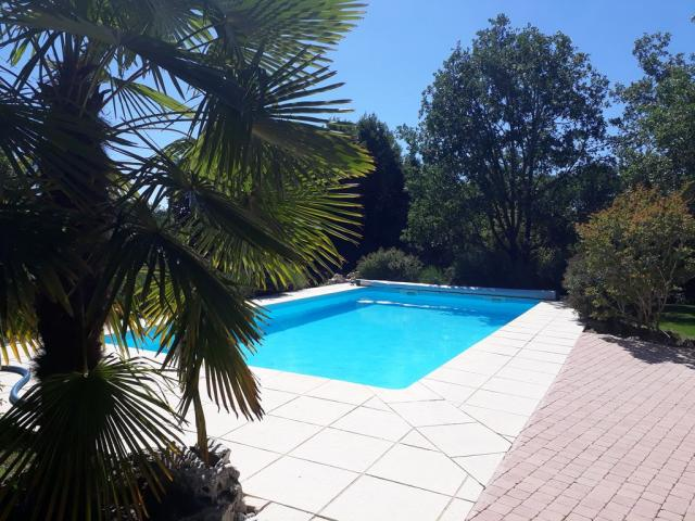 Location Gîte Vacances LOUBRESSAC (11)