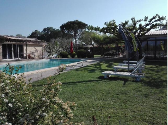 Location Maison Vacances BÉDARRIDES (3)