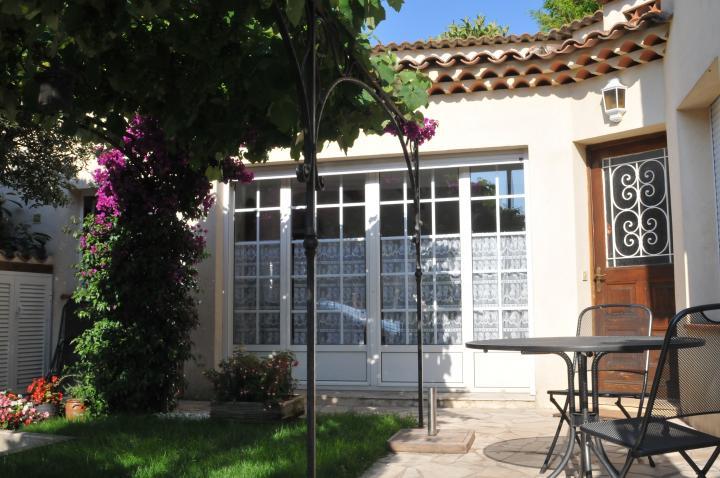Location Villa Vacances THÉOULE SUR MER (1)
