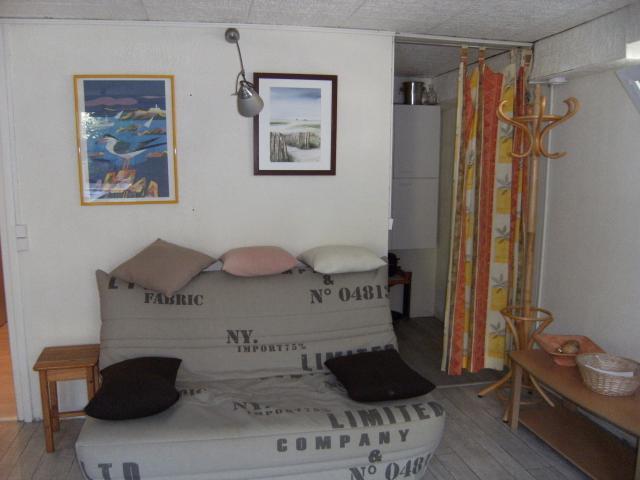 Location Gîte Vacances SAINT JEAN LE THOMAS (5)