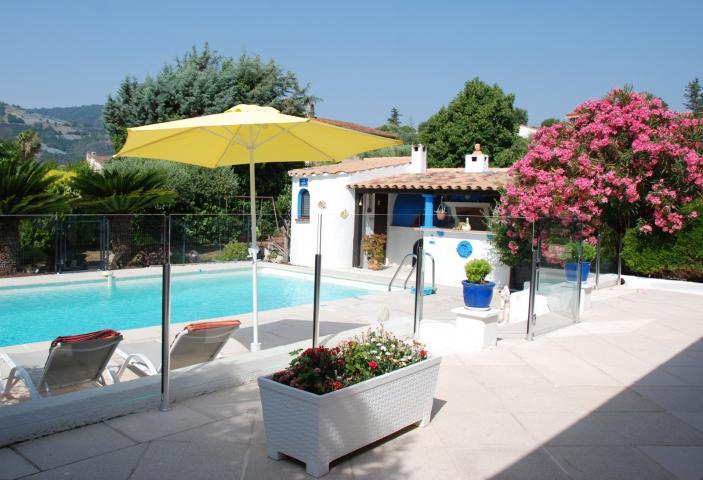 Location vacances LA ROQUETTE SUR SIAGNE réf. P2390600